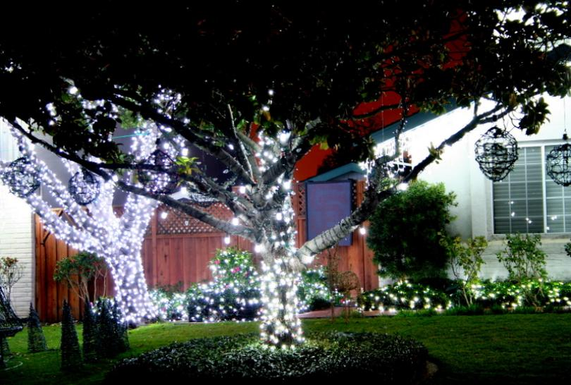 severns pease solar christmas lights display - Solar Powered Outdoor Christmas Lights